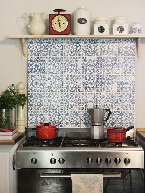 Stamped Tile Splash Back with a DIY Tile Stamp