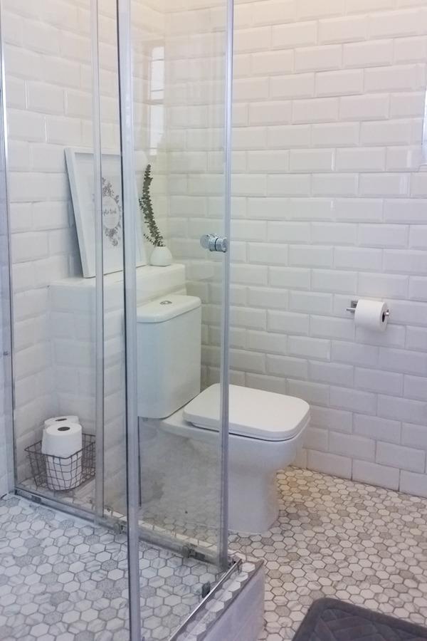 spectacular bathroom makeover