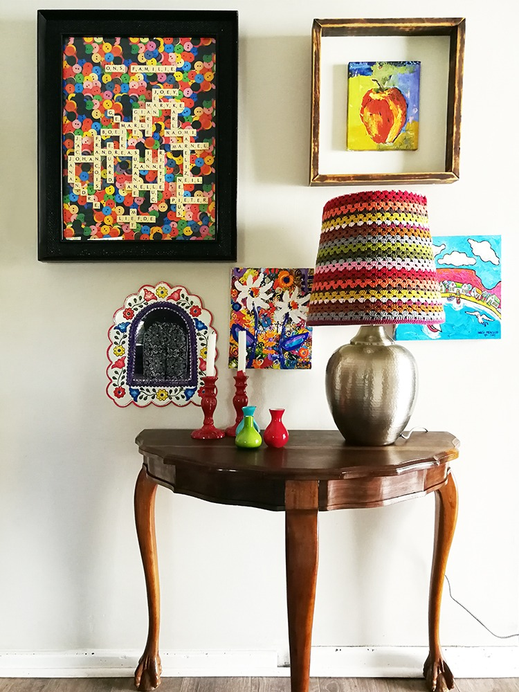 HOME TOUR: An arty home with colour to the max