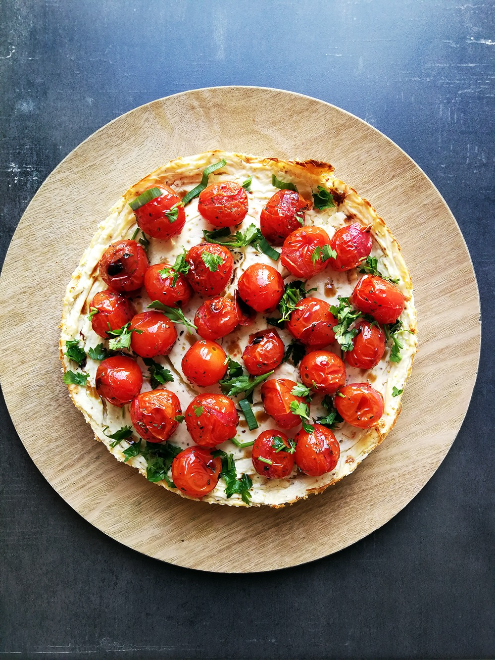 Savoury cheesecake with chilli, tomato, and basil