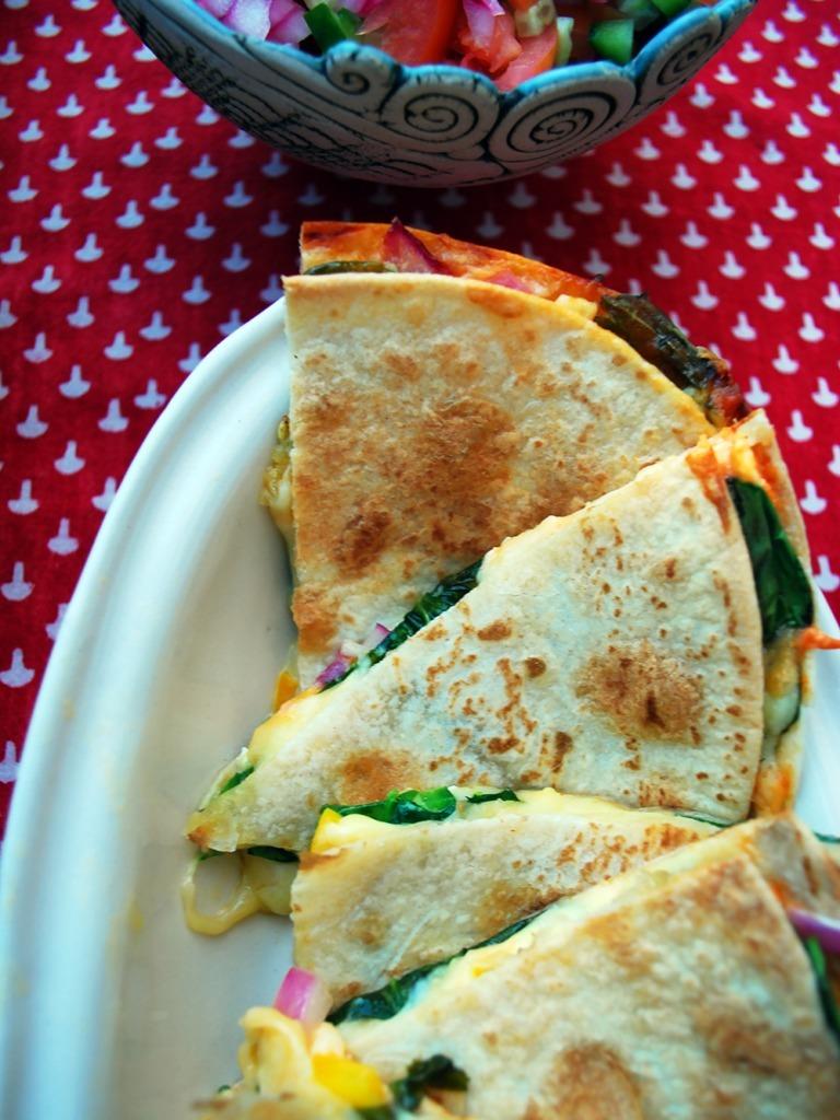 cheesy-spinanch-quesadilla